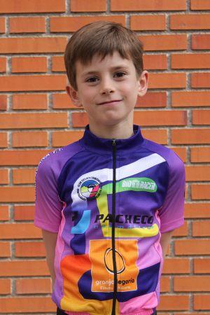 Unai Ibáñez - Club ciclista Ermitagaña - Categoría Escuelas 2016